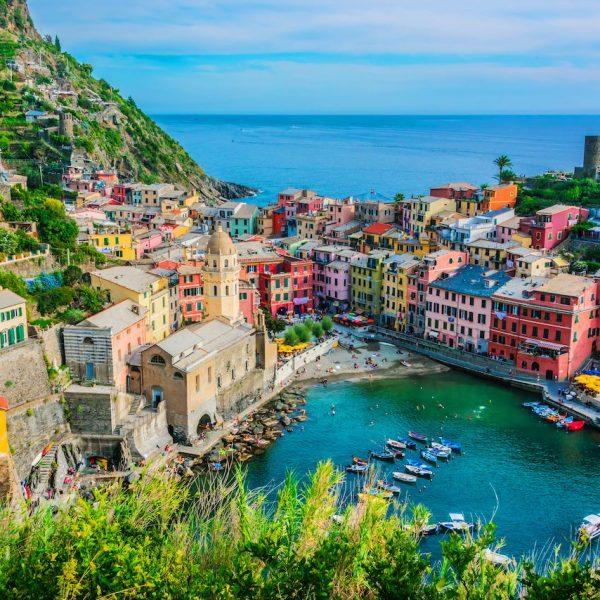 Picturesque-town-of-Vernazza-in-the-province-of-La-Spezia-Liguria-Italy